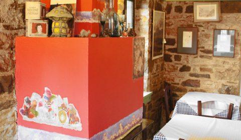 Lithos Restaurant - Café in Dilofo village in Central Zagori, Greece