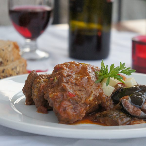 Photographs of the Restaurant Lithos in Dilofo, Zagori
